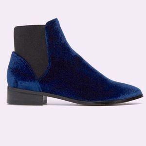 Aldo Royal Blue Velvet Nydia Chelsea Ankle Booties Size 8